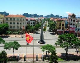 Cẩm Phả đón nhận Huân chương Độc lập hạng Nhất