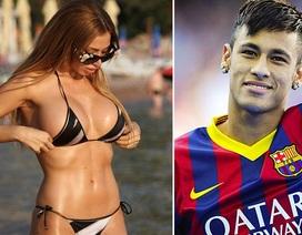 """Gặp bạn gái mới """"bốc lửa"""" của tiền đạo Neymar"""