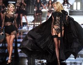 Taylor Swift trình diễn như siêu mẫu chuyên nghiệp