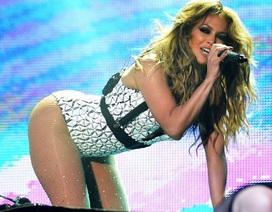 Jennifer Lopez có thể ngồi tù vì… quá gợi cảm