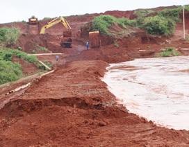 Phó Thủ tướng lệnh khắc phục sự cố sạt lở đập hồ thải quặng bauxit Tân Rai