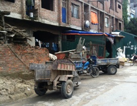 """Phường Yên Hòa (quận Cầu Giấy, Hà Nội): Nhà xây thô thành """"xóm liều"""", chính quyền và chủ đầu tư đùn đẩy trách nhiệm"""