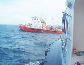 Gia đình làm lễ cầu siêu cho 8 thuyền viên mất tích