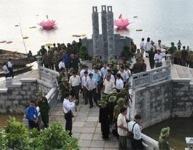 Ấm lòng bên tượng đài, nghĩa trang liệt sĩ
