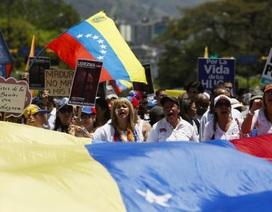 Venezuela triệu hồi khẩn cấp Đại biện lâm thời tại Mỹ