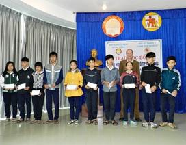 """Đà Nẵng:  63 học sinh nhận học bổng """"Care the people"""""""