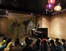 Hội An khôi phục hoạt động nhóm nhạc Cung đàn xưa trong Đêm phố cổ