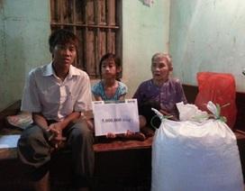 Quỹ Nhân ái hỗ trợ nóng 5 triệu đồng và 100 kg gạo đến với bà cụ 90 tuổi