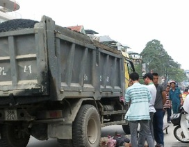 Một người đàn ông chết thảm dưới gầm xe tải