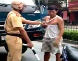 Cảnh cáo Thiếu tá CSGT đánh người trên phố