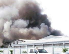 Cháy lớn thiêu rụi kho thành phẩm Công ty giày ADORA