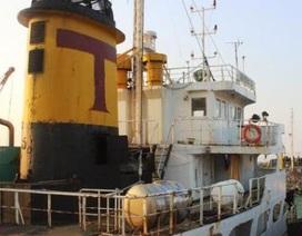 Bắt 2 tàu chở gần 2.000 tấn dầu diezen không rõ nguồn gốc