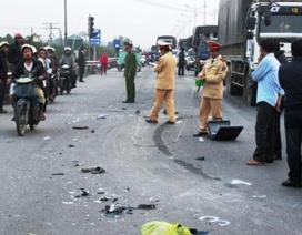 Xe tải nổ lốp, nghiền nát xe máy, một người tử vong