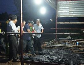 Sập tường vì lốc xoáy, 4 công nhân thiệt mạng