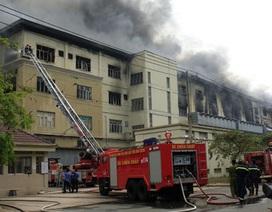 Cháy lớn tại khu chế xuất, hàng ngàn người di tản khẩn cấp