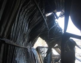 Cháy dữ dội tại xưởng đệm, hàng chục công nhân tán loạn