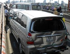 Liên tiếp tai nạn trên cầu Sài Gòn, 12 ô tô hư hỏng