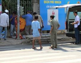 Thợ sửa xe chết ngay góc ngã tư đường
