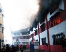 Cháy lớn trong khu công nghiệp Sóng Thần