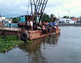 """Bốn công nhân xuống sông """"giải nhiệt"""", một người chết đuối"""