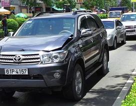 6 ô tô tông nhau liên hoàn