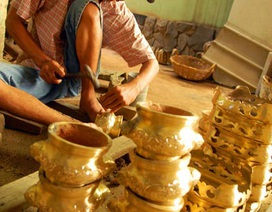 Nghề đúc lư đồng trăm năm giữa Sài Gòn