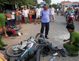 Hai xe máy tông nhau kinh hoàng, 1 người chết, 4 người bị thương