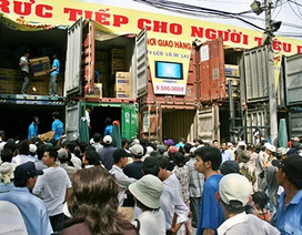 """Giới bán lẻ Việt cũng đua khuyến mãi ngày """"Thứ Sáu Đen"""""""