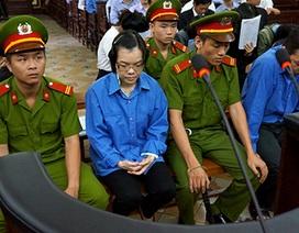 """Viện Kiểm sát """"việt vị"""" trong đề nghị điều tra Huyền Như tham ô?"""