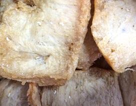 Phát hiện giòi lúc nhúc trong thực phẩm chay đóng gói
