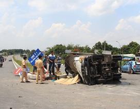 Ô tô tông nhau, phụ xe tải chết thảm