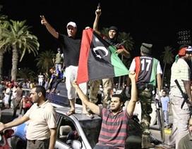 Libya: Gadhafi muốn đàm phán, phe nổi dậy bác bỏ