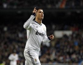 Cristiano Ronaldo xô đổ kỷ lục của Gento và Puskas