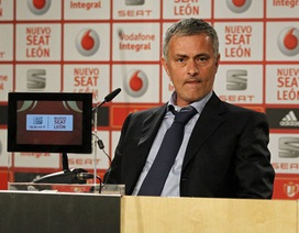Mourinho chia tay Real Madrid để trở lại dẫn dắt Chelsea