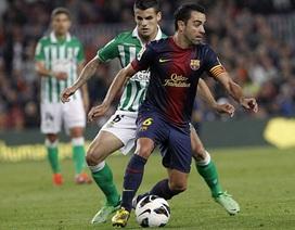 Barca vô địch La Liga, Xavi vượt mặt thầy cũ Guardiola