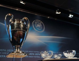 Khủng hoảng tài chính không ảnh hưởng đến...UEFA