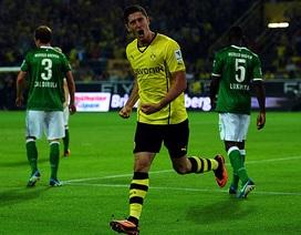 Lewandowski tỏa sáng, Dortmund đánh bại Bremen