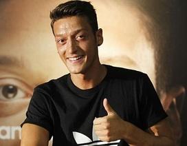 Thương vụ Mesut Ozil: Chuyện bây giờ mới kể