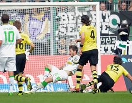 Hàng công kém duyên, Dortmund đứt mạch bất bại