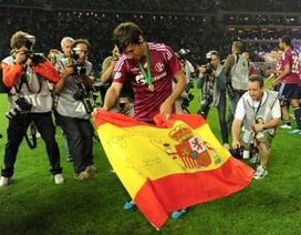 Raul Gonzalez thể hiện tình yêu với cả Real Madrid và Schalke