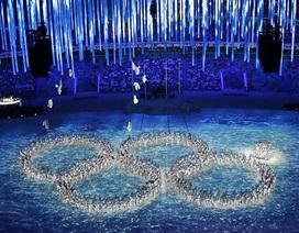 """Bế mạc Olympic Sochi 2014: Nước chủ nhà """"tái hiện"""" sự cố kỹ thuật"""