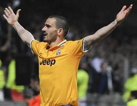 Valencia thua thảm trước Basel, Juventus đả bại Lyon