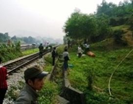 Người đàn ông chết bất thường cạnh đường sắt
