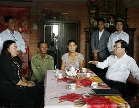 Bộ trưởng Xây dựng: Giảm tối đa thiệt hại cho người dân bằng nhà vượt lũ