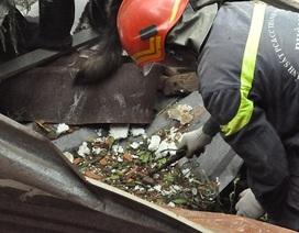Tìm thấy phần thi thể nghi là của 2 nạn nhân mất tích vụ nổ xưởng phân bón