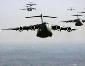 """Hàng """"nhái"""" Trung Quốc """"tràn ngập"""" máy bay quân sự Mỹ"""