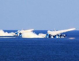 """Hạm đội Bắc Hải Trung Quốc """"khoe"""" sức vóc trên Hoàng Hải"""