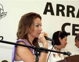 """Thị trưởng được phong """"nữ anh hùng Mexico"""" bị đánh tới chết"""