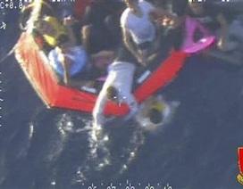 Lại đắm tàu ngoài khơi Italia, 50 người thiệt mạng