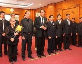 Đại sứ quán Việt Nam tại các nước mở sổ tang